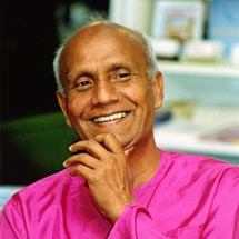Sri_Chinmoy.jpg, 9,6kB